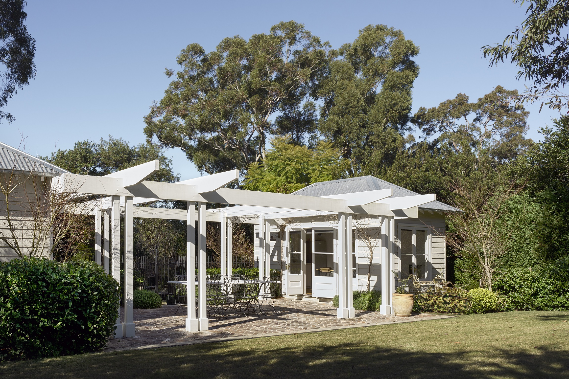 100-Year-Old-Heritage-Home-Restoration-Alfresco-Michael-Bell-Architects-Sydney