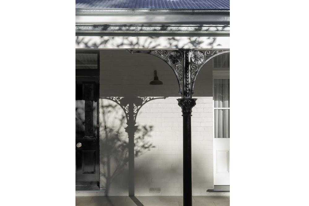 100-Year-Old-Heritage-Home-Restoration-Verandah-Iron-Lace-Pole-Michael-Bell-Architects-Sydney