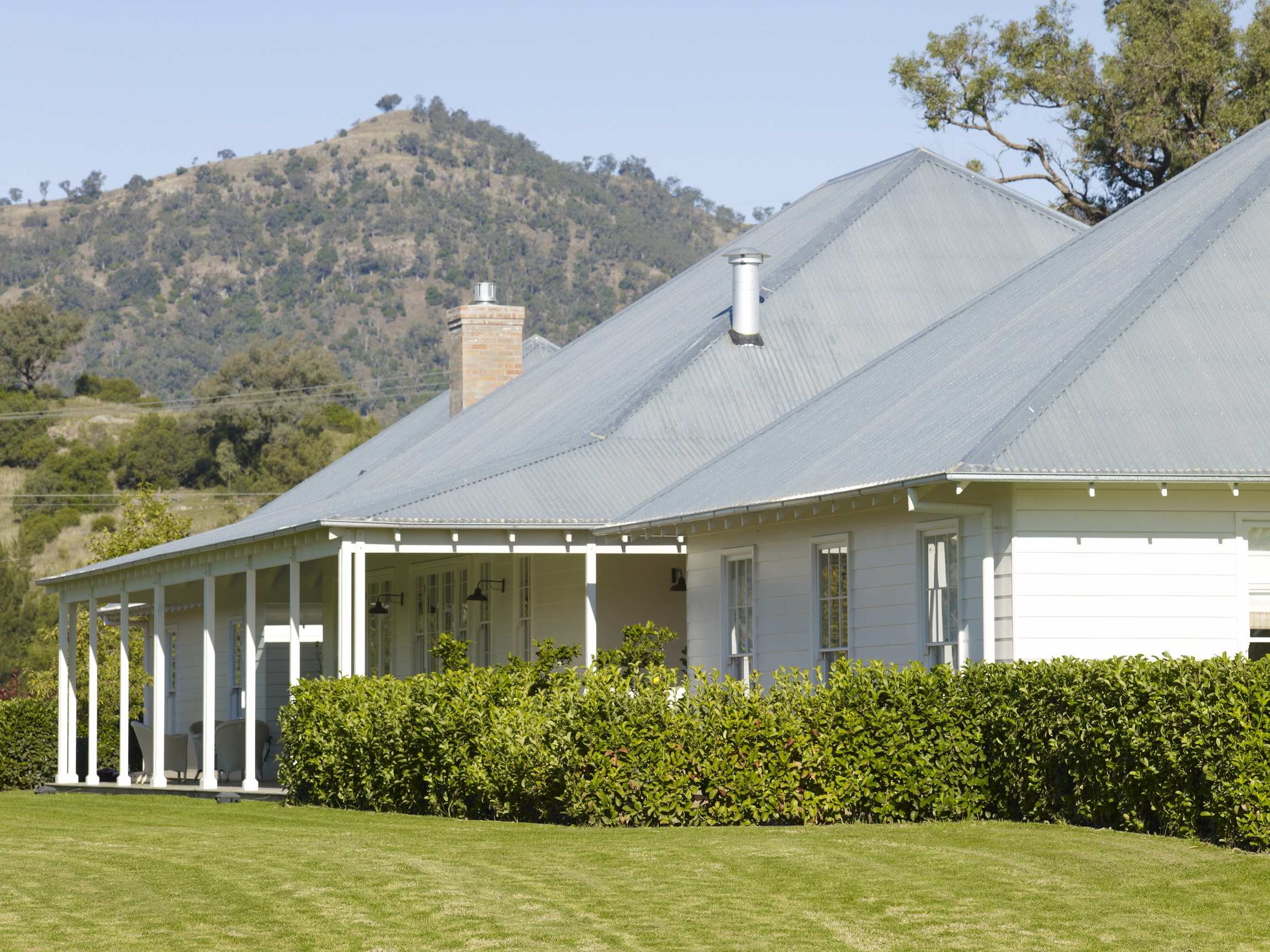 Australian-Country-Farmhouse-Horse-Stud-Michael-Bell-Architects