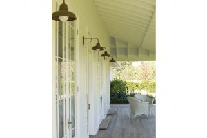 Country Architecture Verandah Lamps