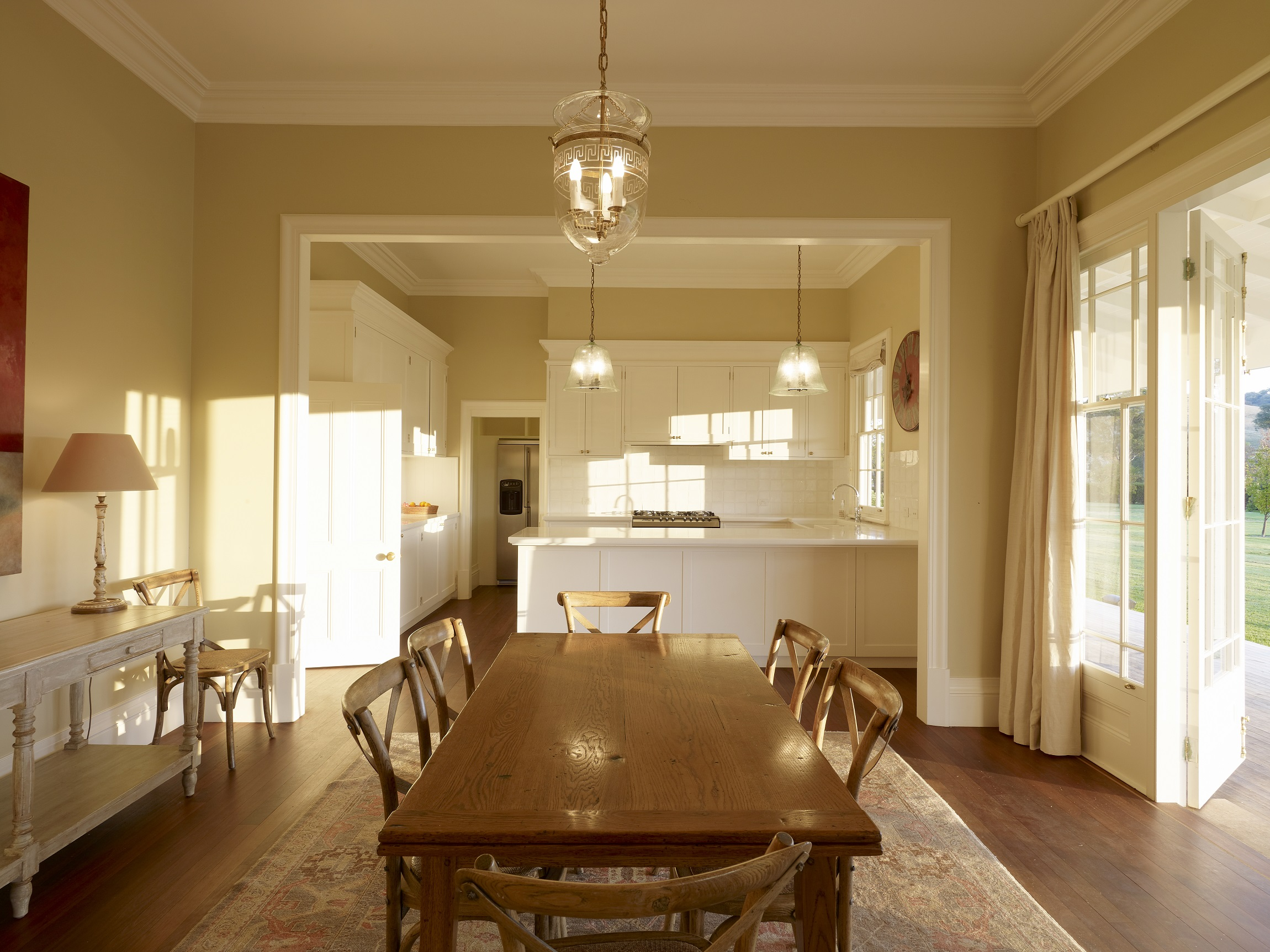 Australian-Country-Farmhouse-Kitchen-Dining-Horse-Stud-Michael-Bell-Architects