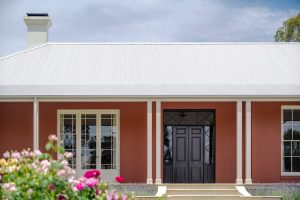 Australian Architecture Country Farmhouse Porters Paints Wagga