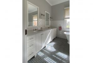 Country Style Bathroom Interior Design Twin Vanities