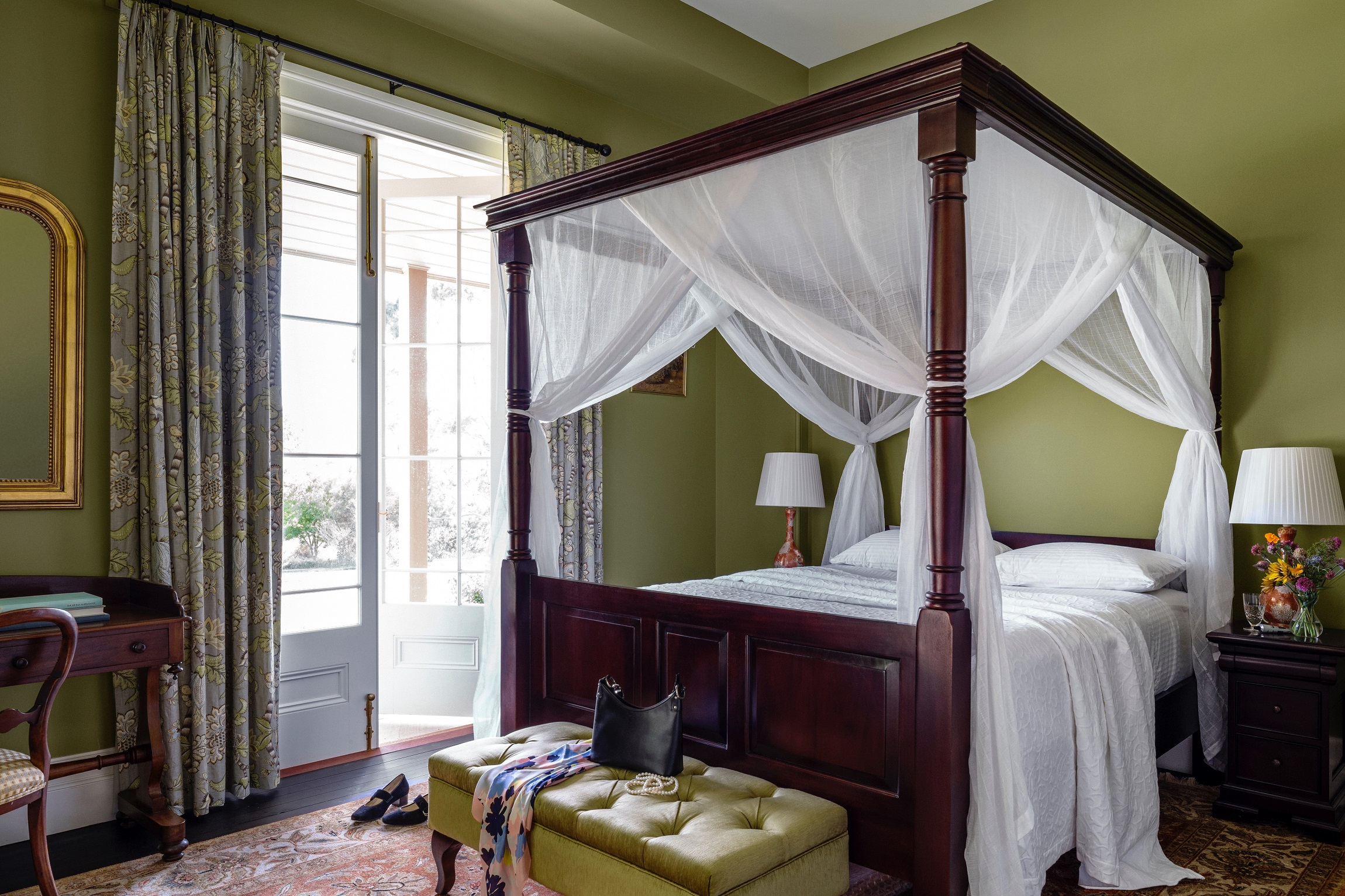 Four-Poster-Bed-Bedroom-Traditional-Country-Farmhouse-Australia-Michael-Bell-Architects