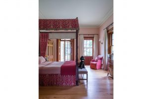 Classical Architecture Four Poster Bed Georgian Style House