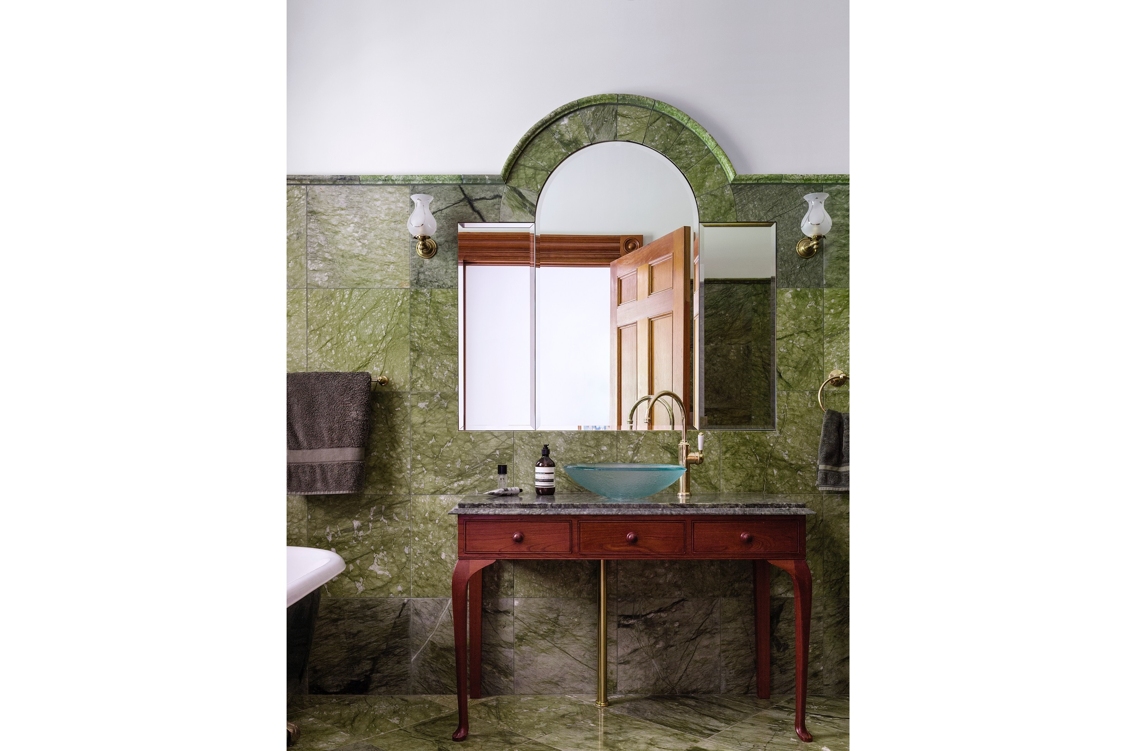 Georgian-Style-Country-Estate-Bathroom-Green-Marble-Australia-Columns-Michael-Bell-Architects
