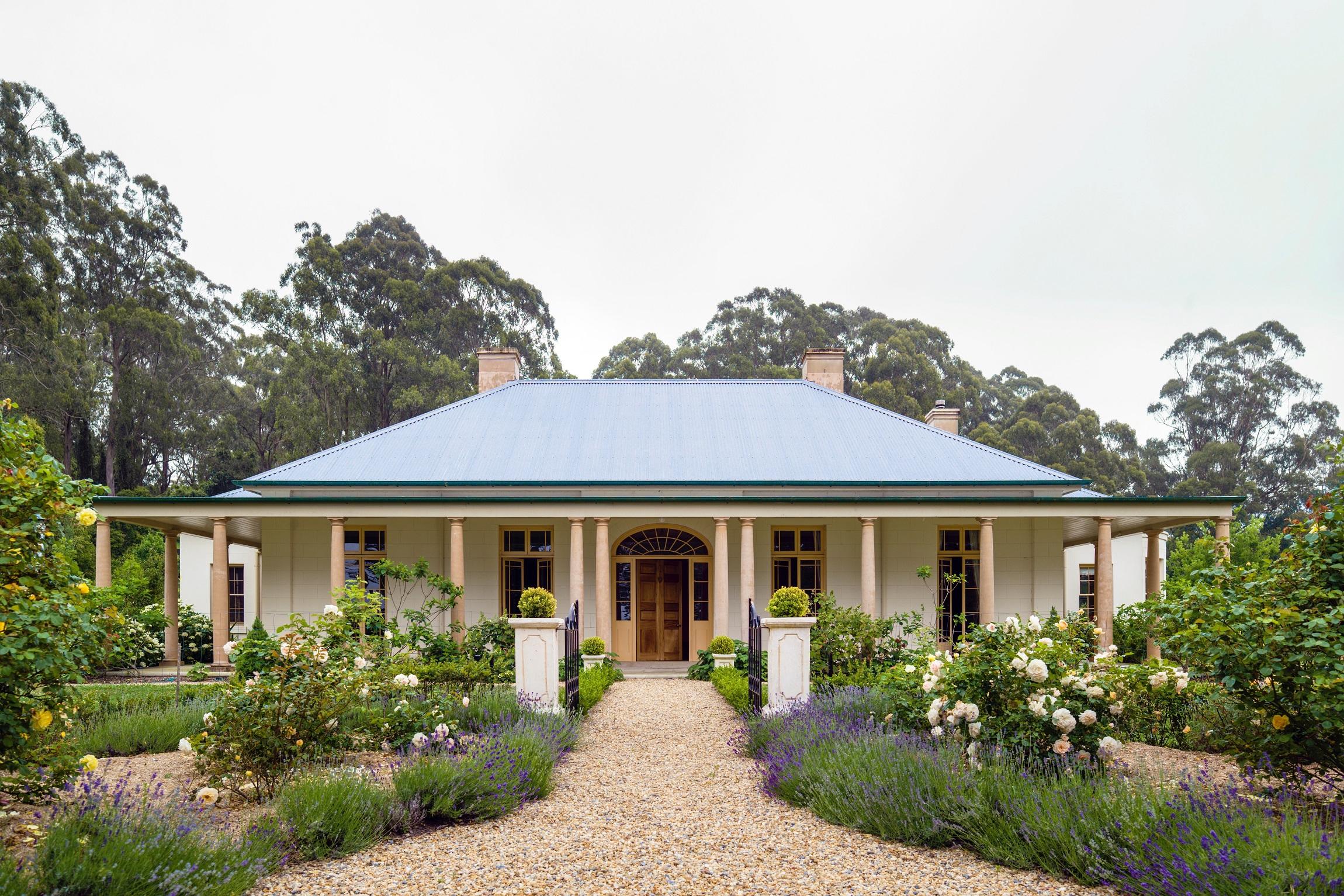 Georgian-Style-Country-Estate-Garden-Australia-Columns-Michael-Bell-Architects