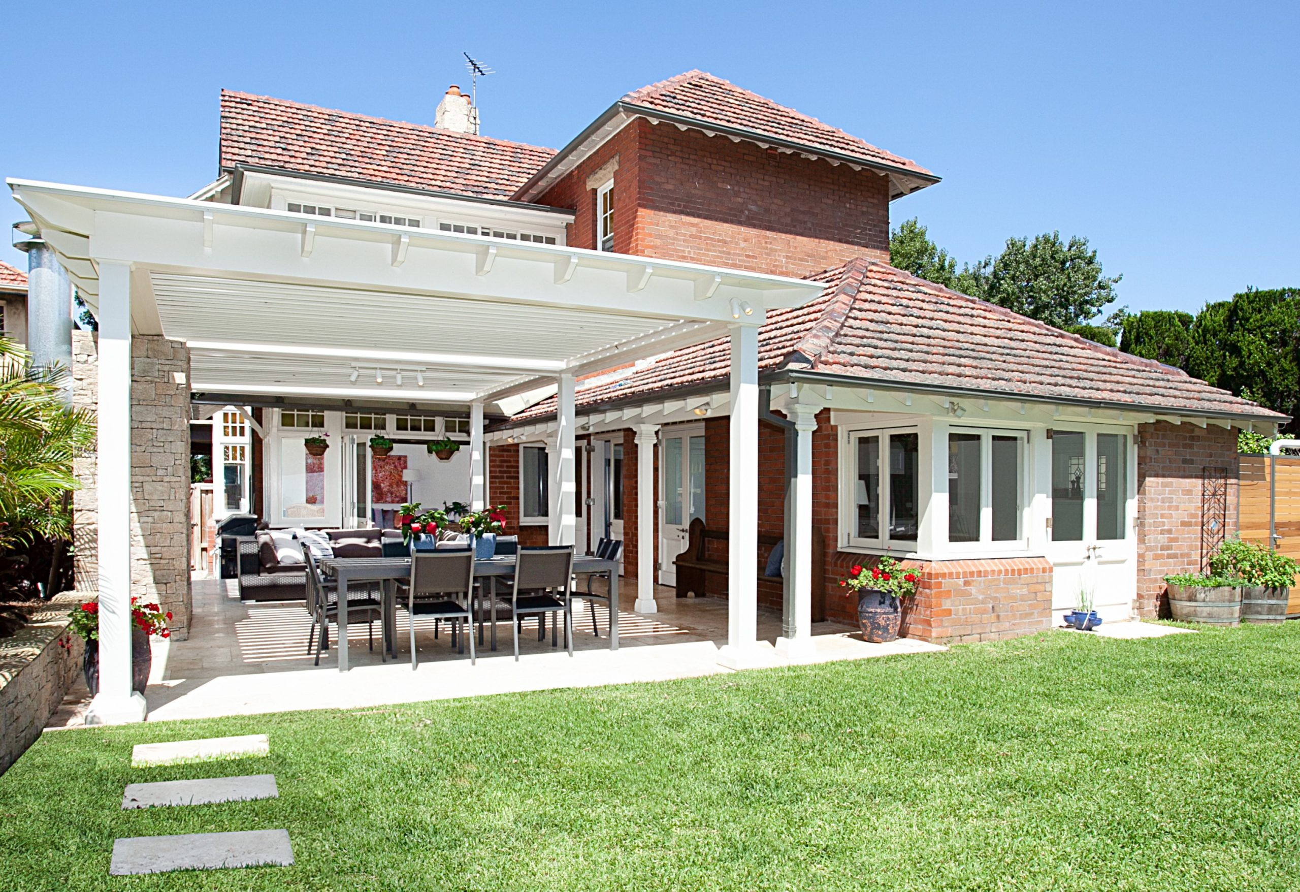 Heritage-Home-Restore-Covered-Barbeque-Area-Michael-Bell-Architects-Sydney