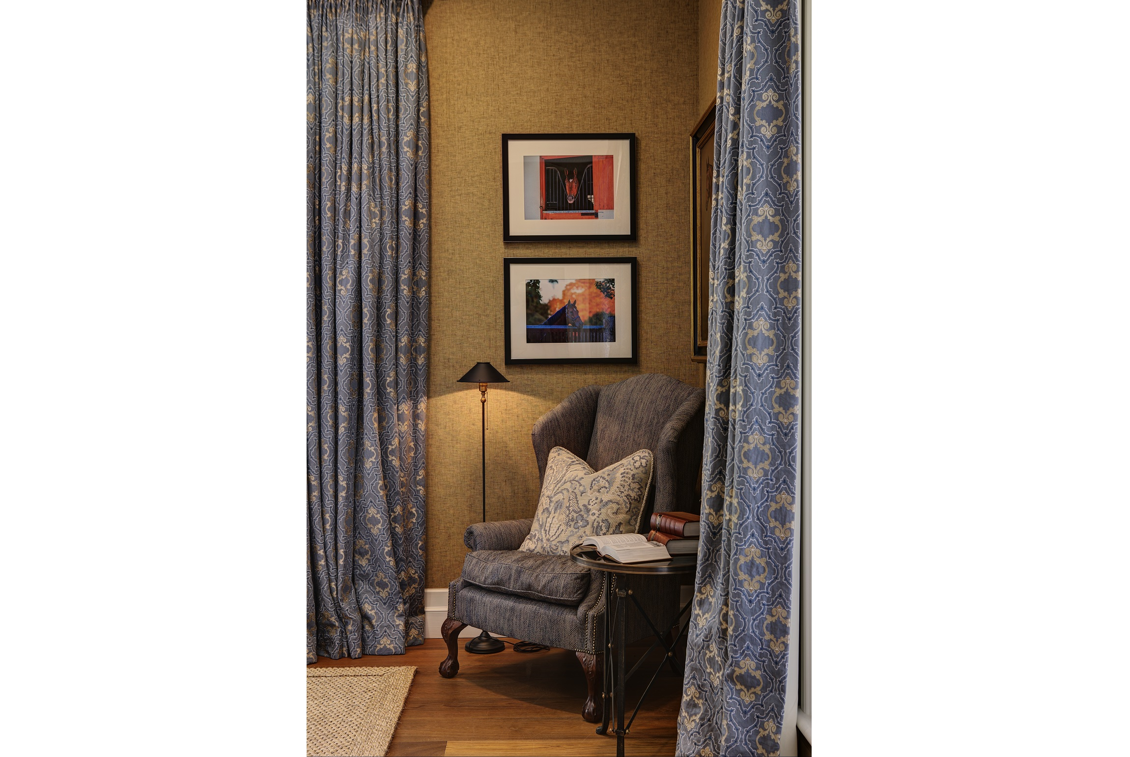 Horse-Stud-Armchair-Interior-Decoration-Hunter-Valley-Michael-Bell-Architects-Sydney