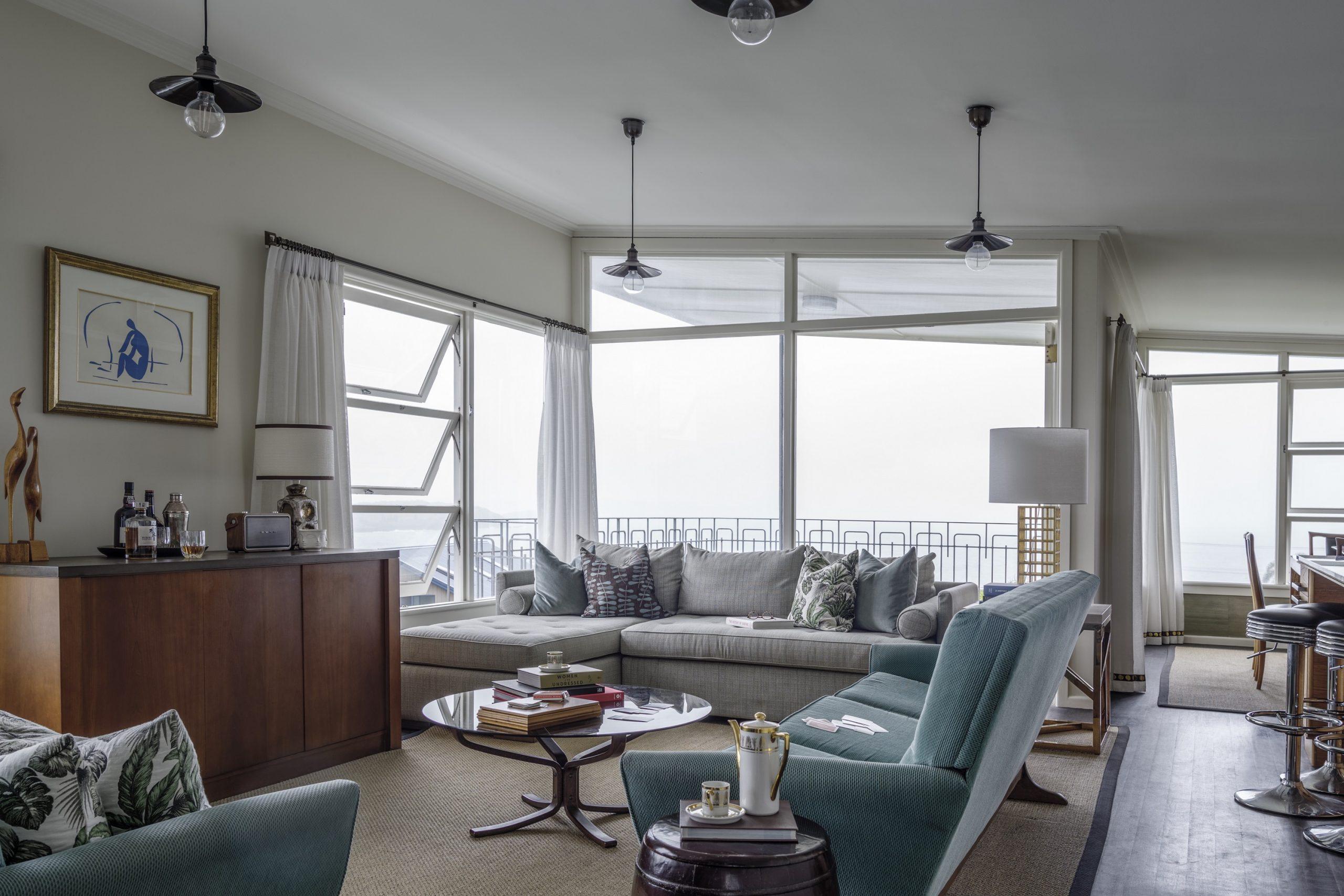 Retro-Couch-Interior-Design-1970s-Living-Kiama-Michael-Bell-Architects-Sydney