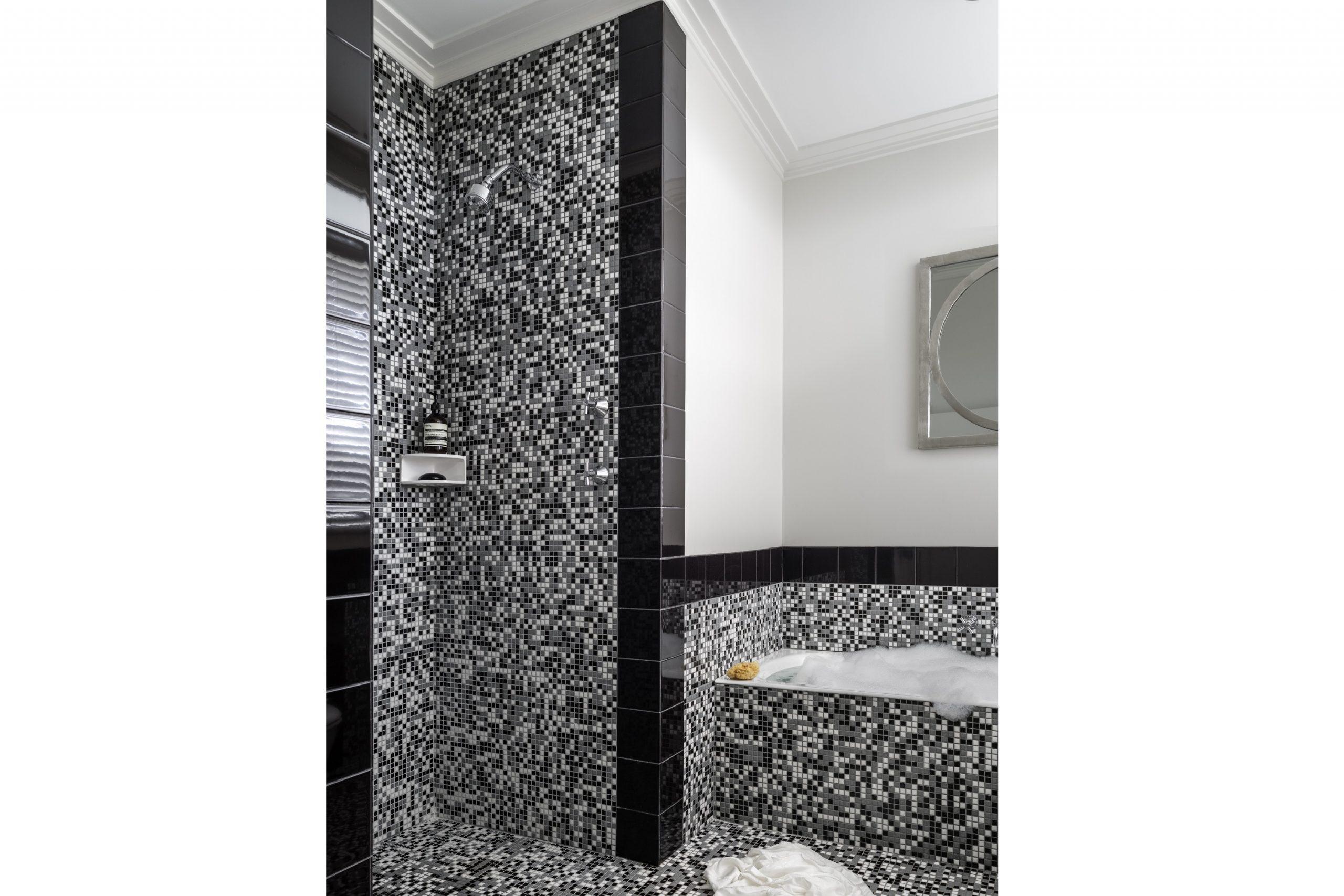 Retro-Interior-Design-1970s-Bathroom-Renovation-Kiama-Michael-Bell-Architects-Sydney