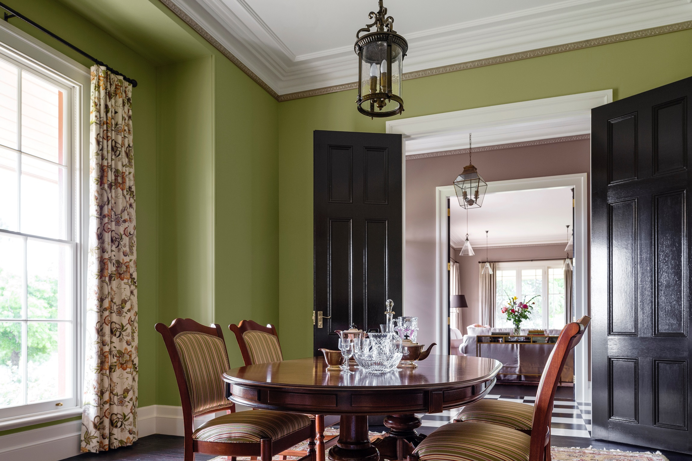 Traditional-Country-Farmhouse-Australia-Dining-Michael-Bell-Architects